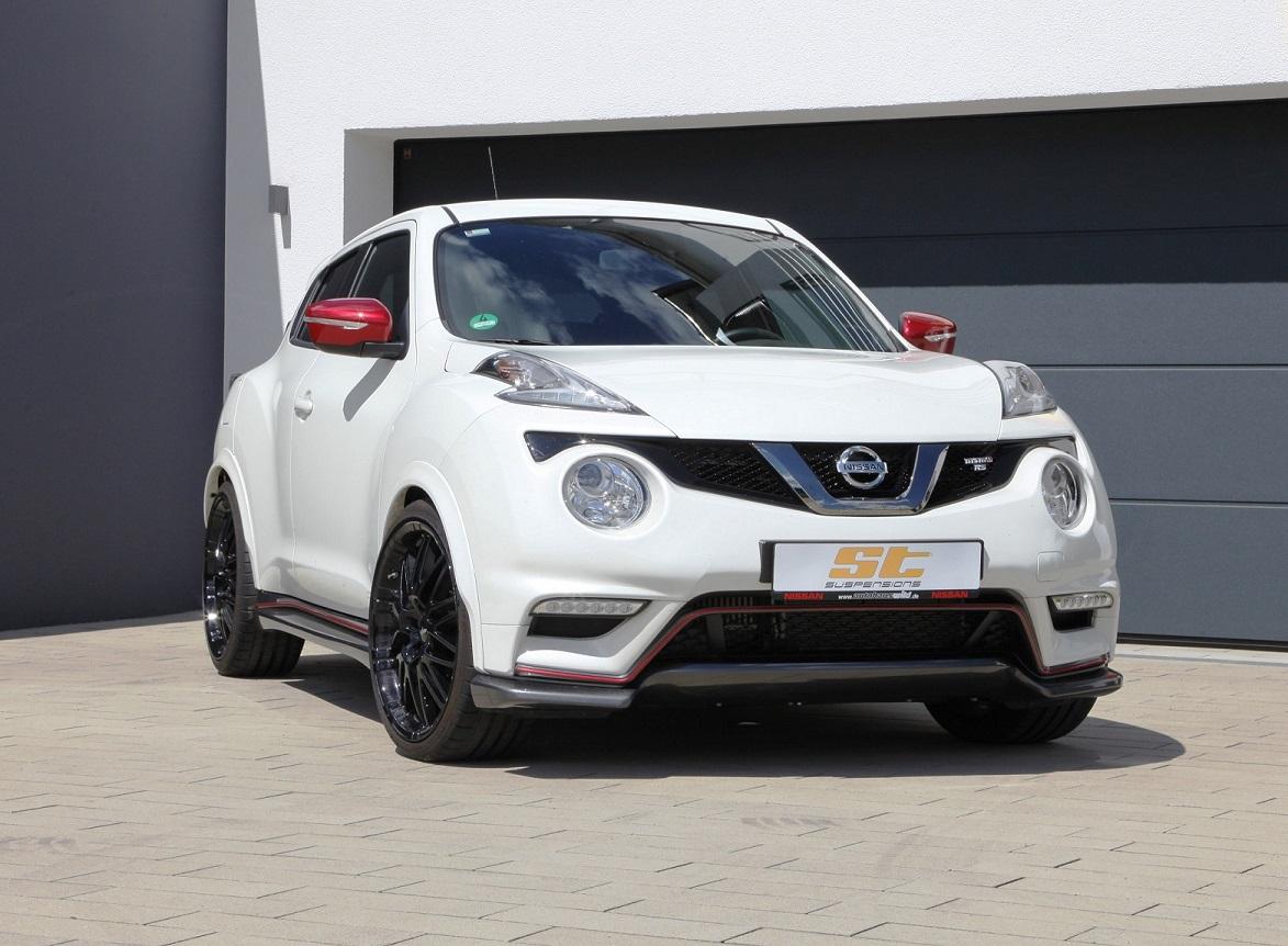 Nissan_Juke_Nissmo_RS_(F15)_1_klein